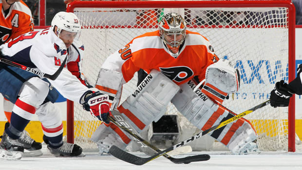michal-neuvirth-flyers-game-4-hero-capitals-960.jpg