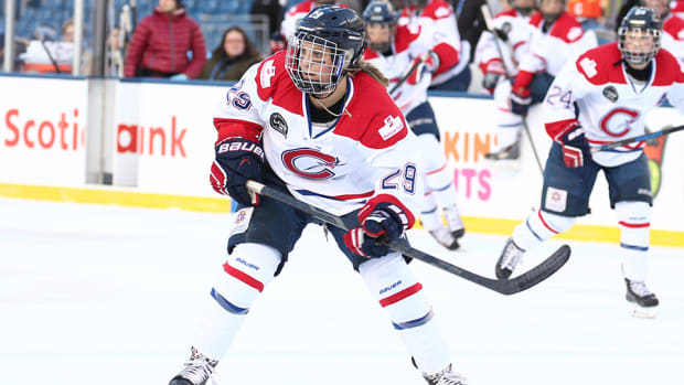 marie-philip-poulin-leslie-oles-canadiennes-cwhl-unconventional-rookies-960.jpg
