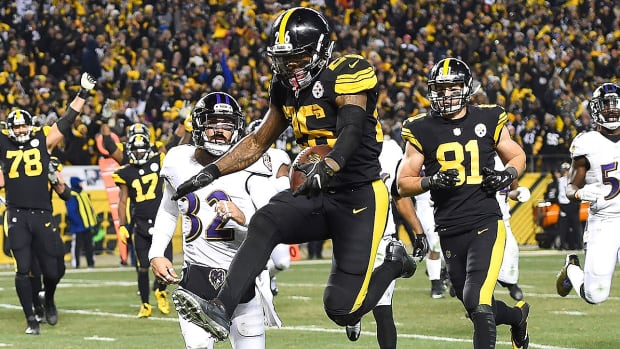 leveon-bell-pittsburgh-steelers-fantasy-football-2017-player-rankings.jpg