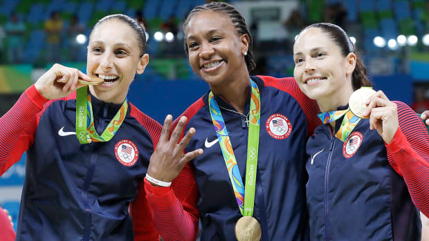 usa-womens-basketball-diana-taurasi-tamika-catchings-sue-bird-rio-olympics.jpg