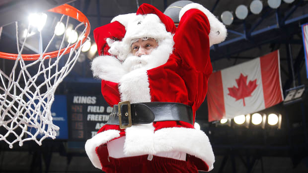 nba-christmas-wish-list-santa-claus.jpg