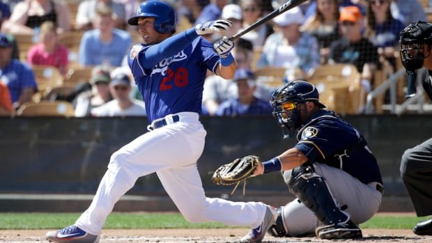 los-angeles-dodgers-austin-barnes-neighborhood-rule.jpg