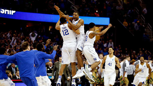 Kentucky Holds Off Notre Dame to Reach Final Four