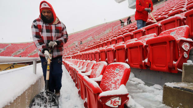 chiefs-steelers-ice-storm.jpg