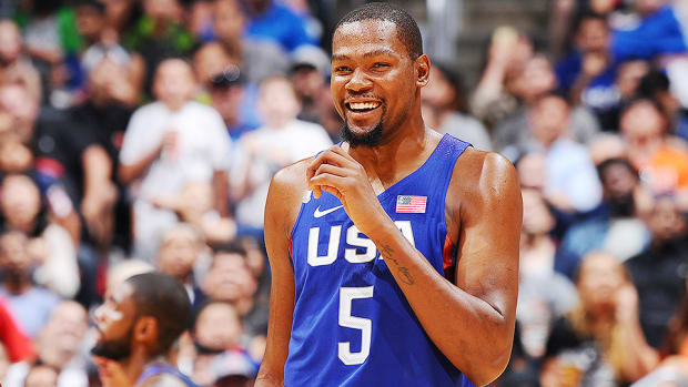 kevin-durant-usa-basketball-rio-olympics-china-exhibition.jpg