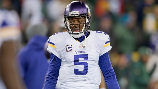 teddy-bridgewater-injury-vikings-outlook-shaun-hill.jpg