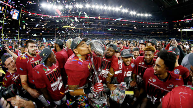 Alabama Rolls Over Michigan State in Cotton Bowl