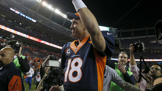 Peyton Manning Is Your New Touchdown King