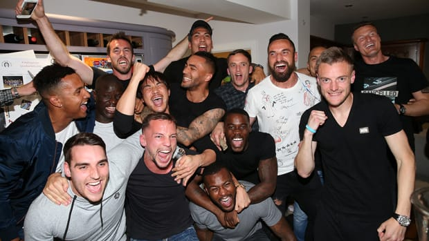 leicester-city-players-vardy-party.jpg