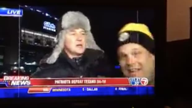 patriots-steelers-fan-boston-reporter-shove-video.png