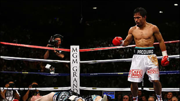 Top 10 Small Athletes: #5 Manny Pacquiao