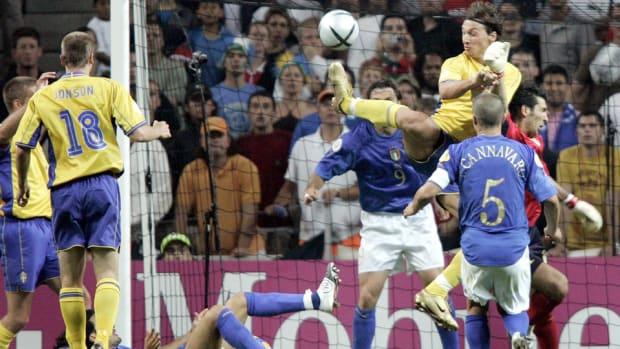 zlatan-italy-2004-euro.jpg