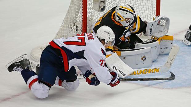 matt-murray-capitals-penguins-game-3-nhl-playoffs-960.jpg