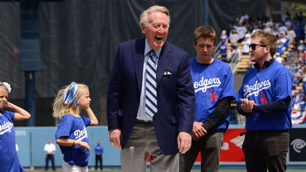 vin-scully-james-earl-jones-field-dreams-speech-video.jpg