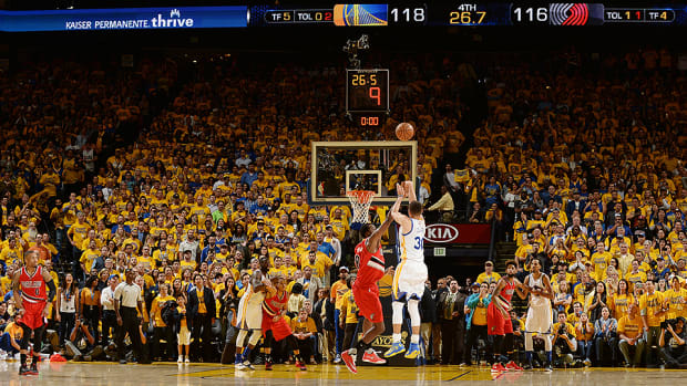 nba-playoffs-stephen-curry-warriors-trail-blazers-game-5-video.jpg