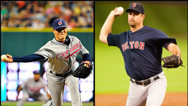 Who's Tougher to Hit: Sidearmer Smith or Knuckleballer Wakefield?
