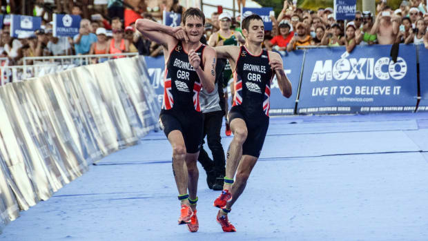 jonny-alistair-brownlee-triathlon-mexico-video.jpg