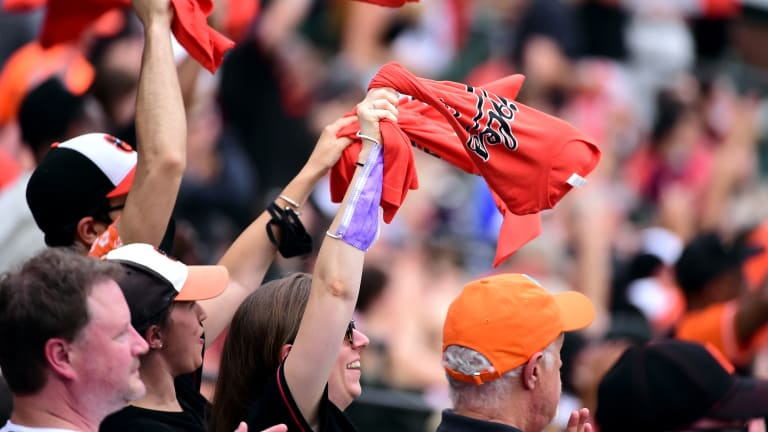 Fans Make a Welcome Return to MLB Stadiums