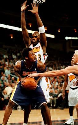 2000s: Memorable NBA Performances - 22 - Antawn Jamison and Kobe Bryant