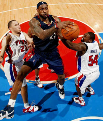 2000s: Memorable NBA Performances - 2 - LeBron James