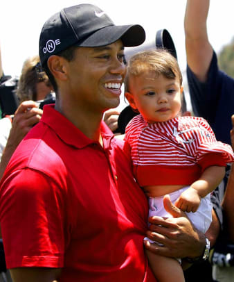 Famous Fathers - 1 - Tiger Woods and daughter Sam Alexis