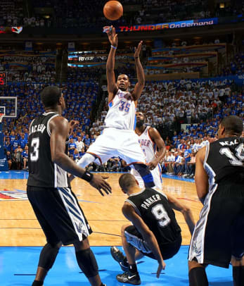 Thunder defeat Spurs