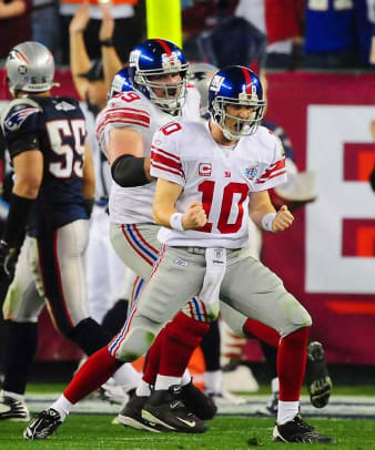 Best Offensive Super Bowl Performers - 1 - QB Eli Manning, New York Giants