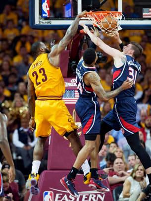 2015-0524-LeBron-James-X159619_TK1_1536.jpg