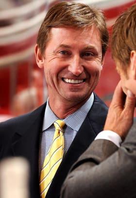 Athletes' Favorite Gifts to Mothers - 1 - Wayne Gretzky