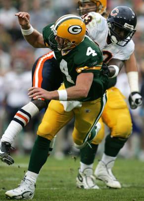 Brett Favre's 10 Worst Career Moments - 1 - Packers-Bears