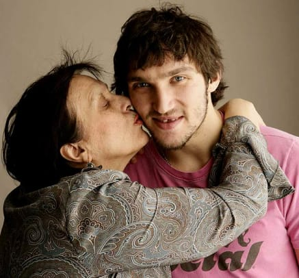 SI's Rare Photos of Sports Figures and Their Moms - 1 - Alex Ovechkin