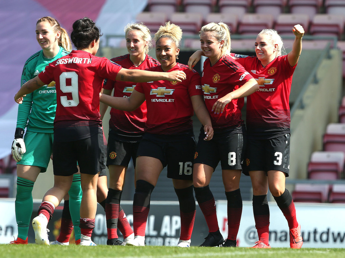 man-united-women-team.jpg