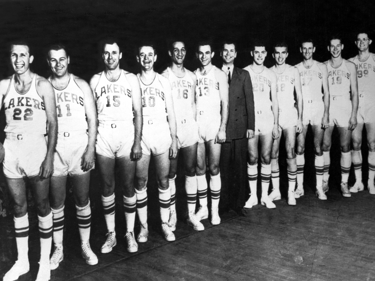 Bud Grant is eighth from the left in this photo of the 1950 Minneapolis Lakers.