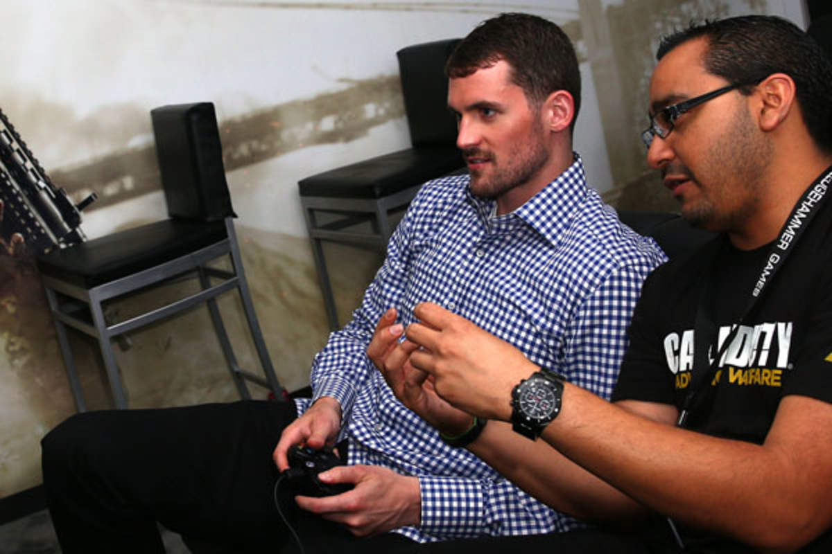 kevin love video games activision e3 bucks
