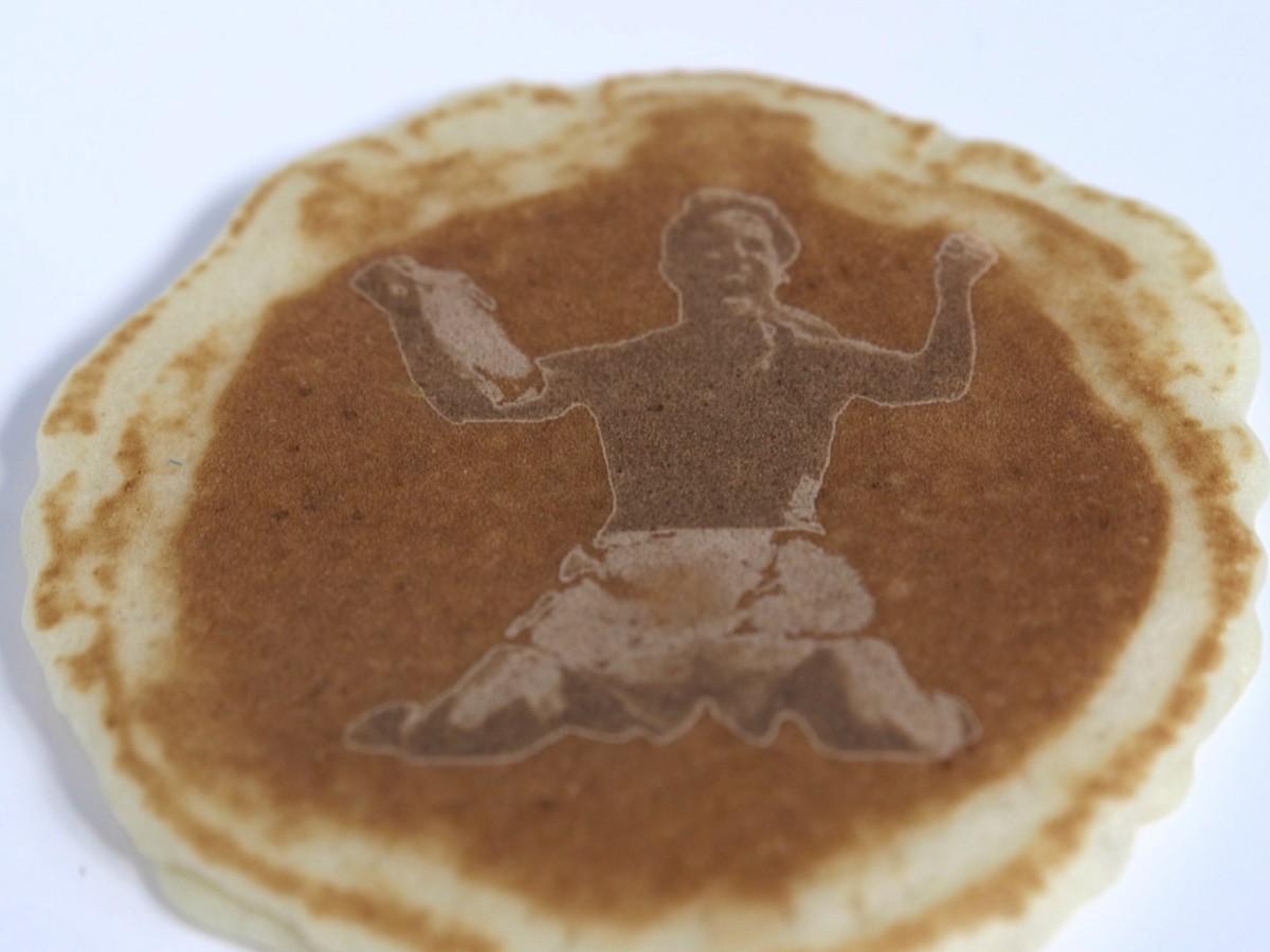 brandi-chastain-pancake.jpg