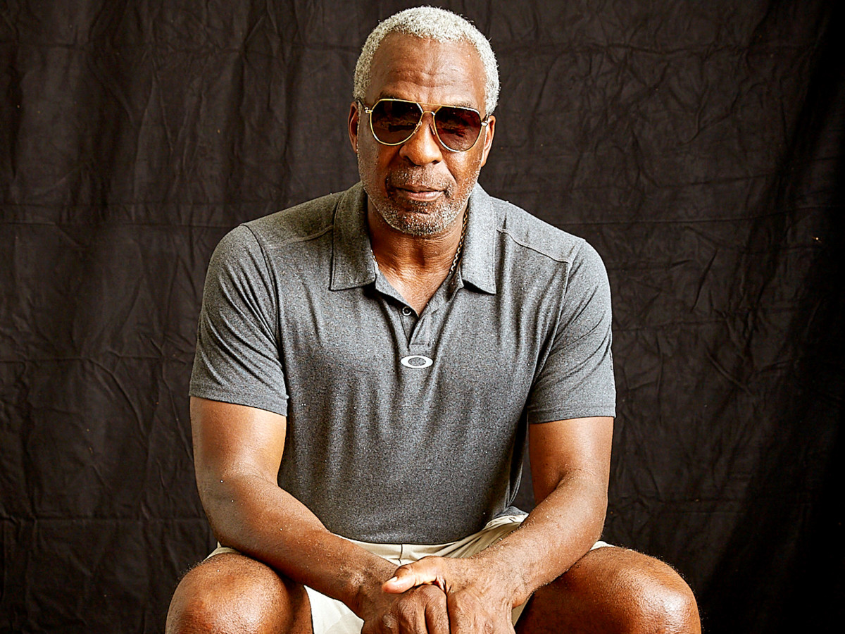 charles-oakley-retired-athletes-watn.jpg