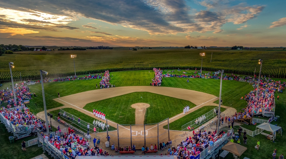 Field Of Dreams Site Blends Baseball S Past And Future Si Kids Sports News For Kids Kids Games And More