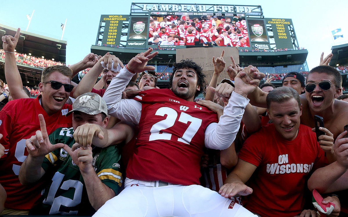 Lambeau leaps ruled the day for Wisconsin in its season-opening win over LSU at Green Bay's hallowed stadium.