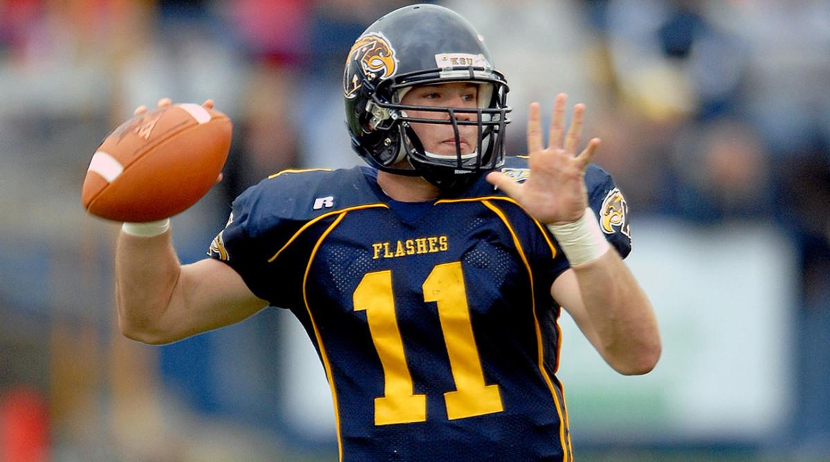 julian-edelman-quarterback-kent-state.jpg