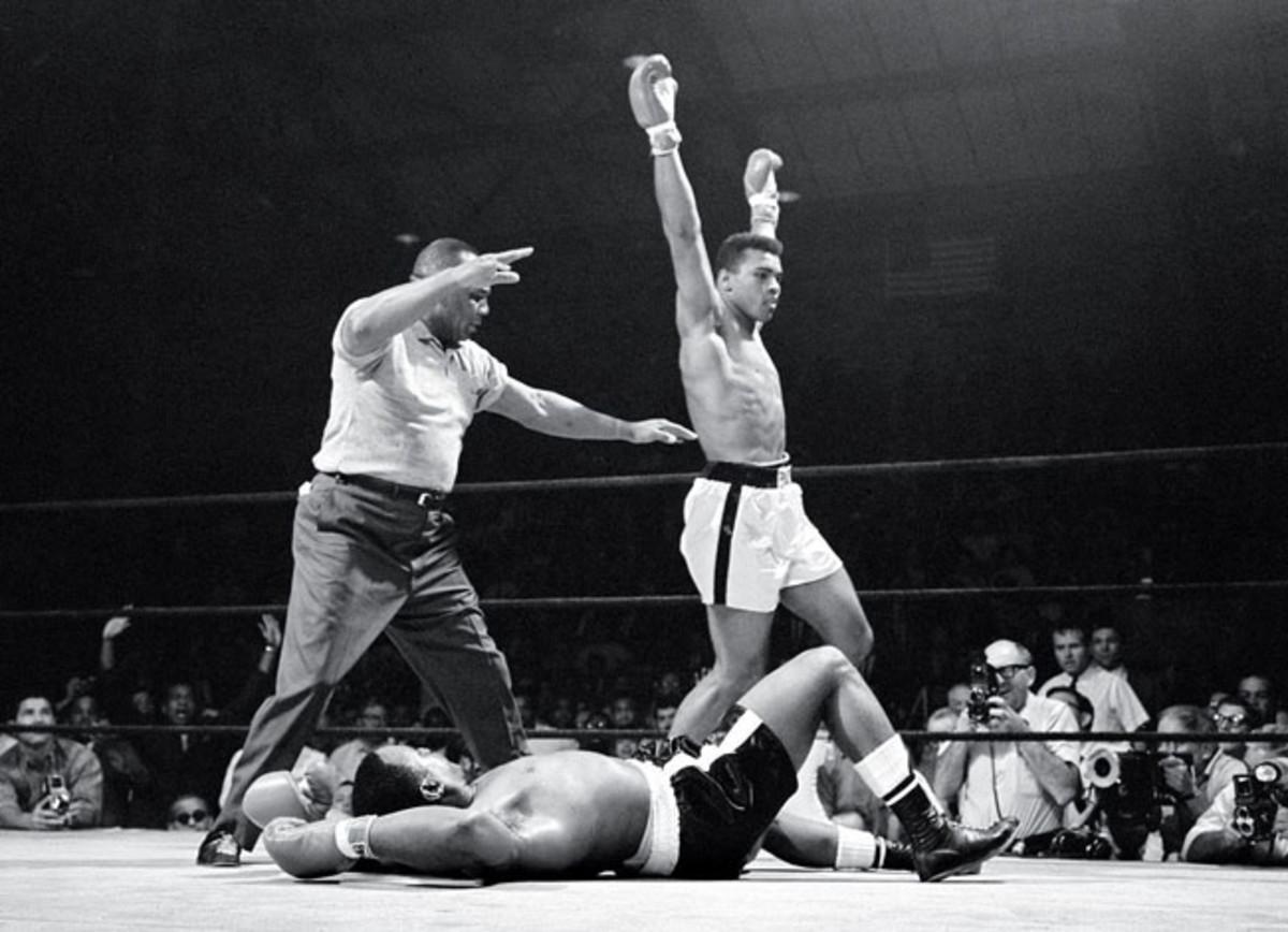 03-1965-0525-Muhammad-Ali-Sonny-Liston-II-001312920.jpg
