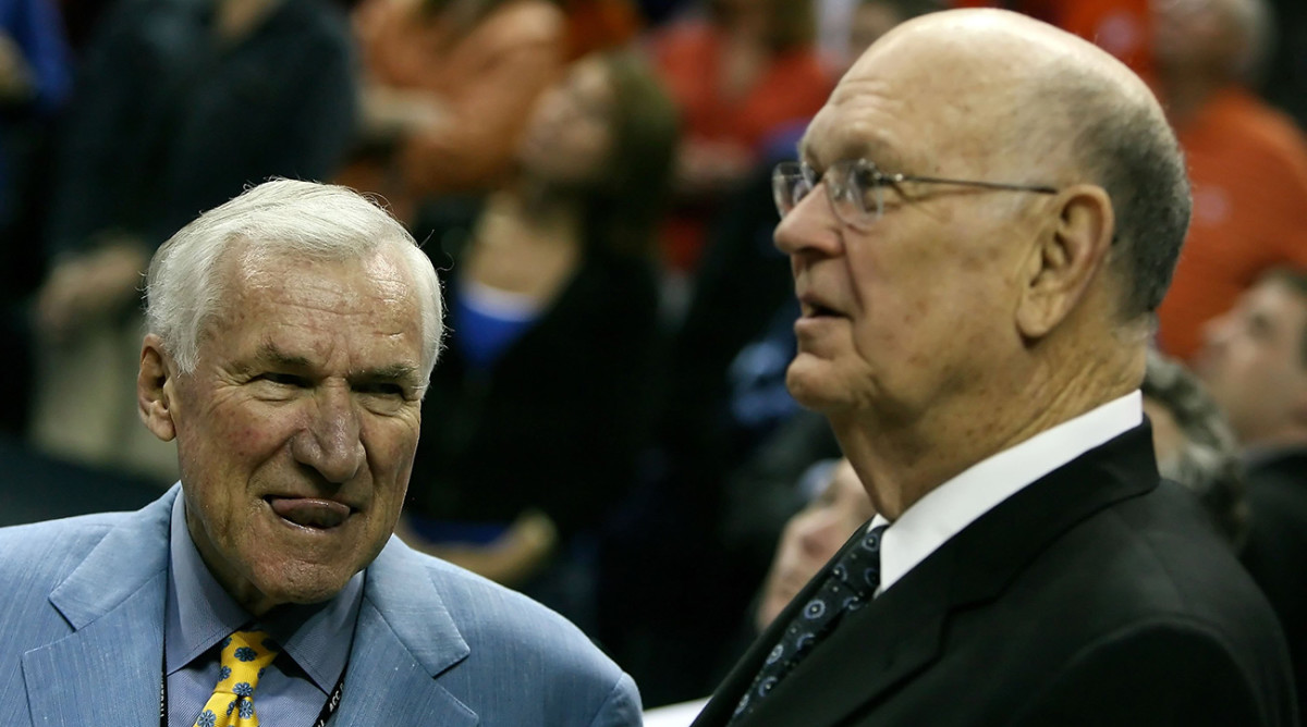 dean-smith-lefty-driesell-1300-hall-fame.jpg