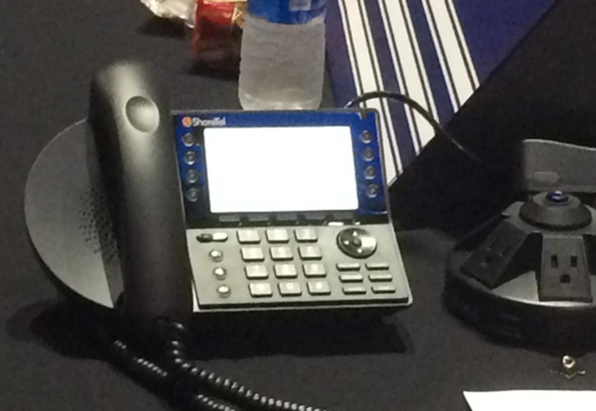 nhl-draft-phone.jpg