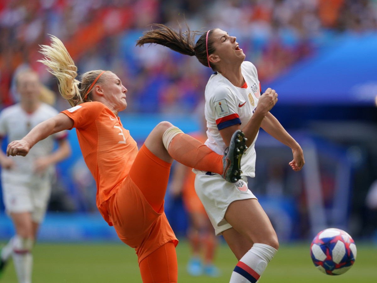 morgan-penalty-van-der-gragt-wwc-final.jpg