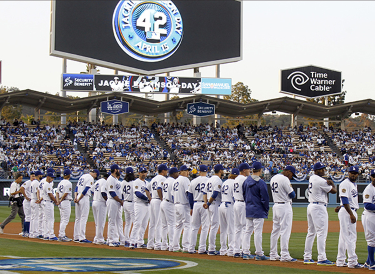 los angeles dodgers jackie robinson civil rights game