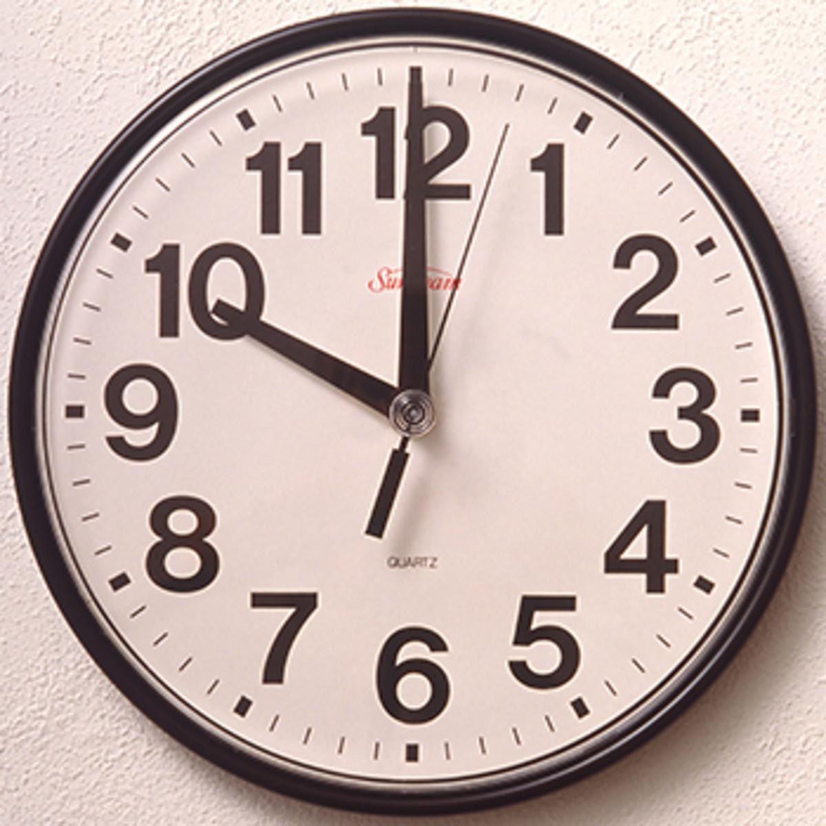 bracketology number four clock