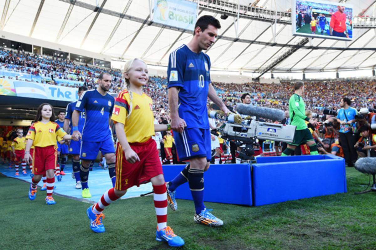 kaylie-jade plott messi world cup 2014