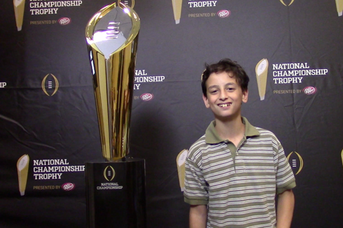 national championship trophy college football