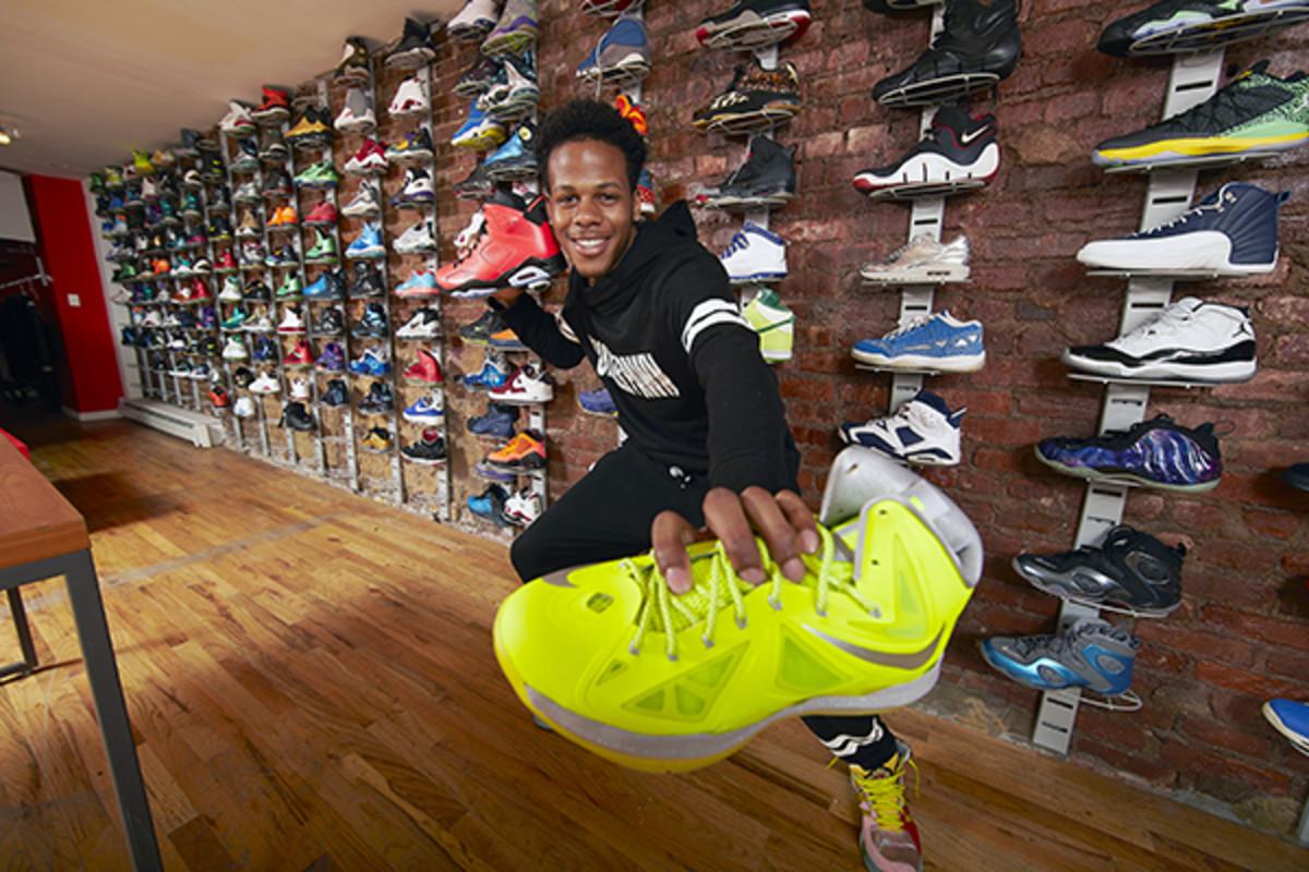 sneaker pawn usa