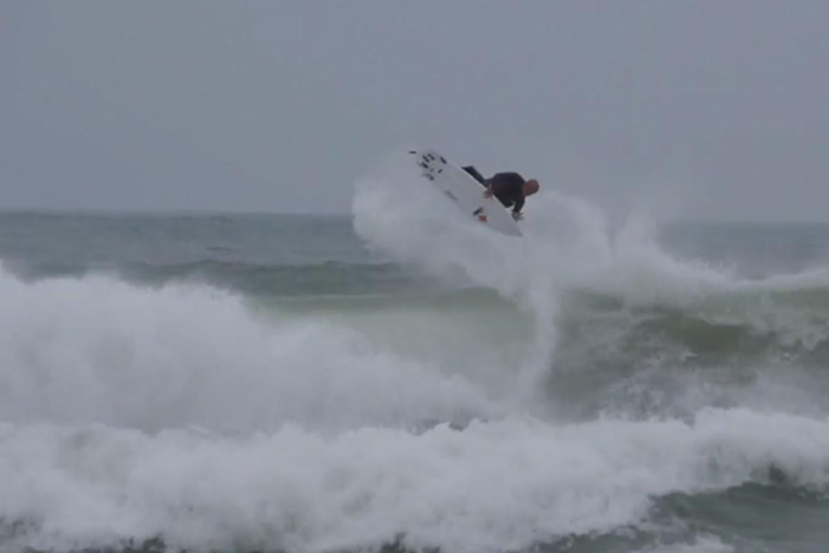 kelly slater surfing 540