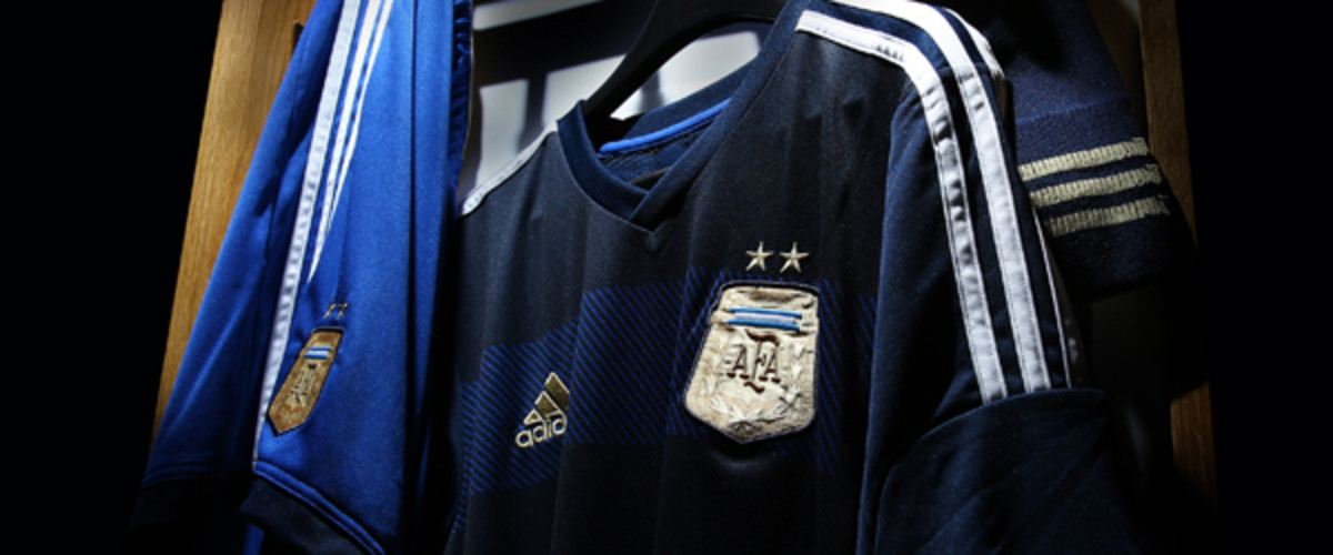 SI Kids world cup 2014 guide argentina away jersey adidas